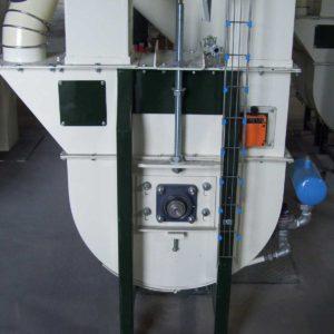 Piede-Elevatore-con-Sistema-Autopulente